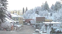 [photo of snow in Nevada City last weekend]