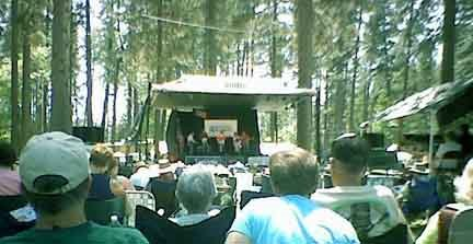 [Father's Day Bluegrass Festival in Grass Valley, 2006]